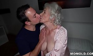 Execrate quiet, my husband'_s sleeping! - Fatigued granny porn ever!