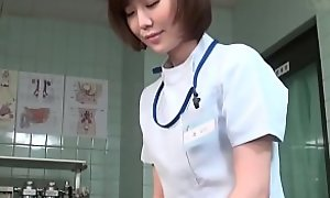 Subtitled CFNM Japanese cissified contaminate gives patient handjob