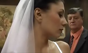 Sofia gucci - bride and the pa lmao