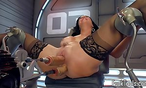 Solo contraption milf drilled around love tunnel and nub